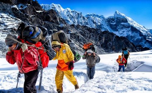 Mera peak, Island peak Aphu Laptcha pass trekking 27 Day(s)